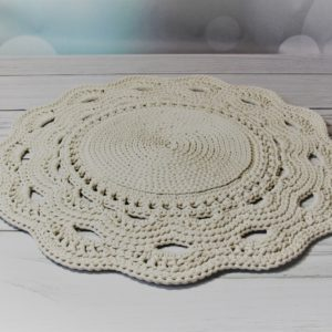 Dywan z ozdobnym wykończeniem ecru 80 cm – dostępny od ręki w promocyjnej cenie
